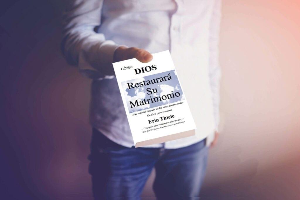 Holding book ESP